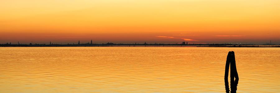 Laguna di Venezia al tramonto